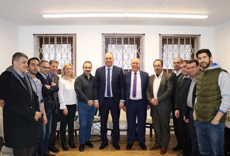 Dr Zomlot receives Palestinian academics after ending their training programmes at Middlesex University