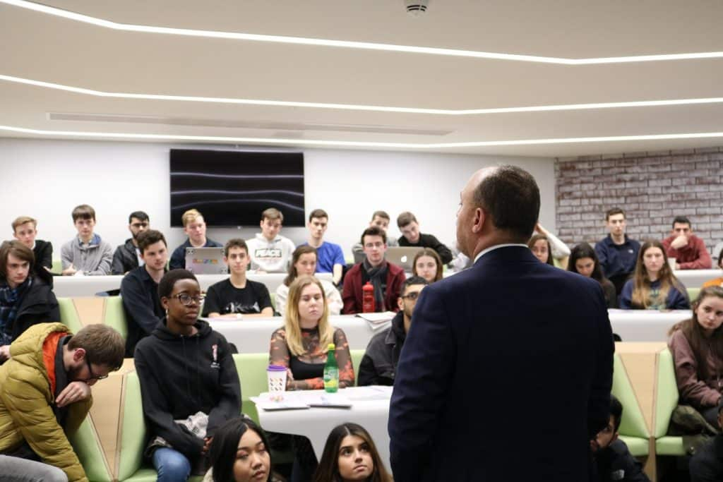 H.E. Dr. Husam Zomlot Gives A Lecture In The University Of Warwick 01